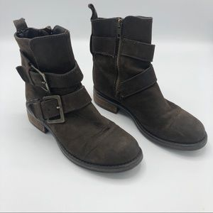 Steve Madden Dyson Leather Boots Buckle